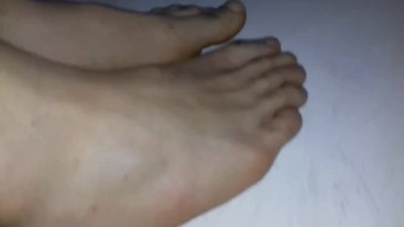 when man feet look like woman feet