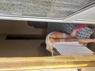 Залез на балкон и трахнул жену соседа!