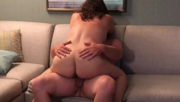 MILF SUCK & FUCK! EATING HER PUSSY FOLLOWED BY BLOWJOB, FUCK & CUMSHOT!