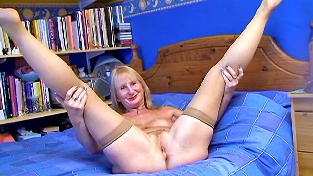 Old wives fuck Mature british blonde wife with black cock