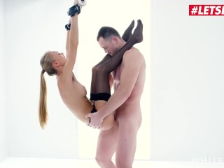 White Boxxx – Submissive Ukrainian Babe Nancy A Bondage Fetish Comes True