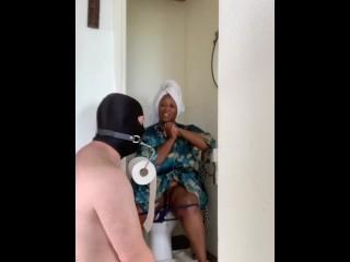 Bondara -Toilet Loo Roll Gag Review