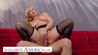 Naughty America – Dana DeArmond will satisfy Robby's Mommy issues