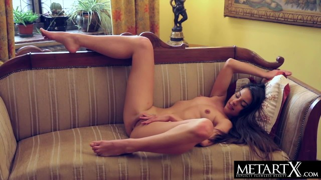 Hairy vagina met art Watch latina beauty lorena as she masturbates to a wild orgasm