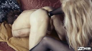 有史以来最好的色情影片 - Nina Hartley 在自然花园里教肛门游戏在外面