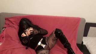 Heavy mask doll