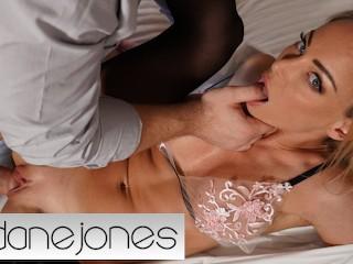 Dane Jones Real passionate sex with blonde Aussie MILF Isabelle Deltore moms sex videos