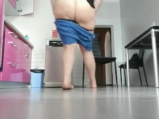 Found mom on kitchen. She so hot masturbation pussy. Big ass show me