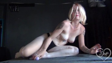 Extreme Pussy Spreading and Shaking Orgasm with Vibrator