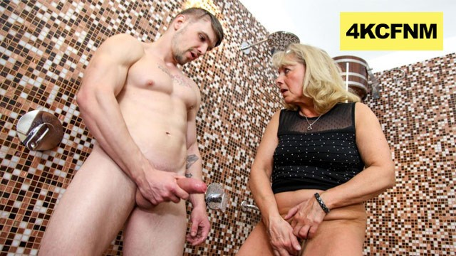 Blonde gets pussy jizzed Cfnm - granny rubs hot jizz onto her worn-out pussy