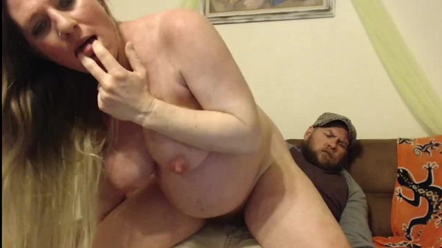 Amatuer couch sex Pregnant milf riding the dudes cock reverse cowgirl on couch