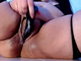 Making my tight pussy very creamy until i cum