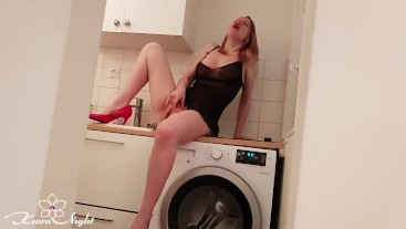 Busty Babe Masturbate Pussy and Intensive Orgasm in the Kitchen