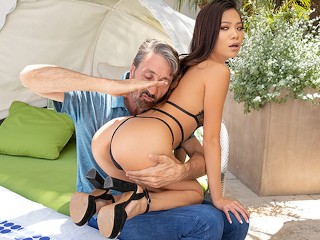 Jules Jordan – Sweet And Innocent Asian Vina Sky