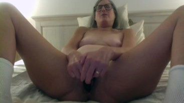 Brunette MIlf With Glasses Toys Wet Pussy Gets Fucked By Mature Husband Big Cumshot