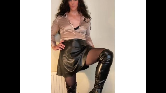 Black sexy shemales Sexy shemale stroking her satin shirt and cock in pantyhose tease
