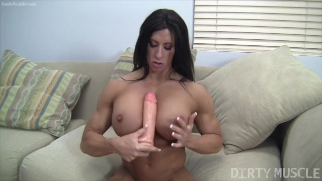 Black porn star woman Porn star bodybuilder angel salvagno plays with her big clit