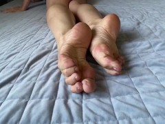 Cherie DeVille gets a massive load of cum on her feet after milking his cock with high archesTRAILER