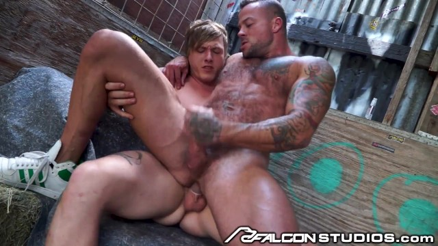 Dating possibly gay man Guys plan to double team girl but would rather fuck each other