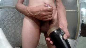 Spying on young friend cumshot with my fleshlight