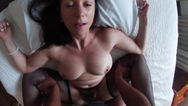 BROOKE BENNETT-MARRIED HOUSEWIFE AND MILF FUCKS AND TAKES FACIAL FROM BIG BLACK COCK (HAIRY PUSSY))
