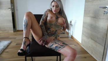 Inked Pornstar fingers her Pussy and First Deepthroat Blowjob