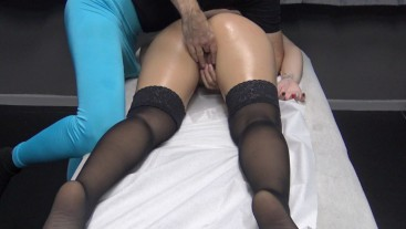 Latina Wife with Sexy Stockings Gets a Pussy Fingering Fuck by his Massage Therapist !