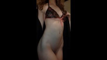 Bubble butt beauty drops her gown to the floor in flirty striptease
