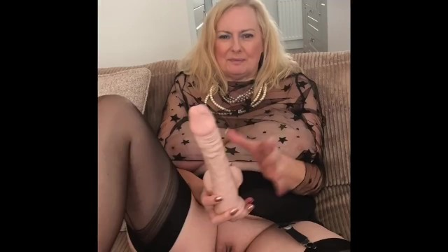 Mature model british Annabels big boobs - 34h all natural
