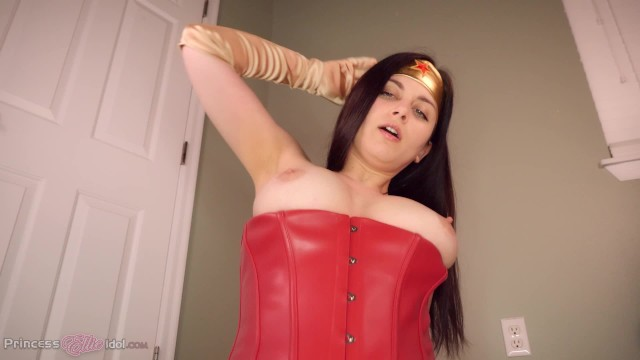 Naked vampire woman Wonder woman takes a ride on your batmobile superheroine pov virtual sex