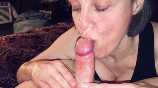 Wife loves blow job Pov mature wife sucking off a big cummer