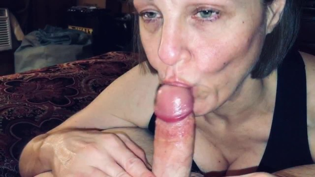 Old ladys milf Pov mature wife sucking off a big cummer
