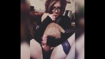 Cute Trap Masturbation Big Dick