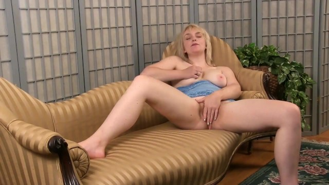 Atk elise hairy Solo teddy snowflower massages herself and rubs her pussy for a nice relaxing orgasm