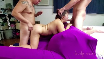 Double vaginal threesome with a fan pt2