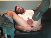 Guy Cums All Over His Beard - Mattie_Boy20_Official