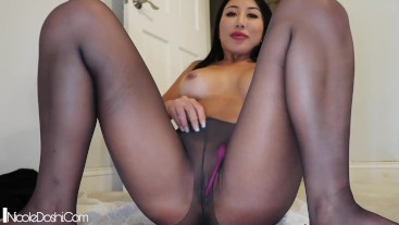 Stocking Squirt Hitachi + Lovense Lush
