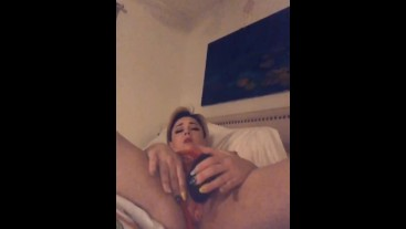 Letting my womanizer tease my clit