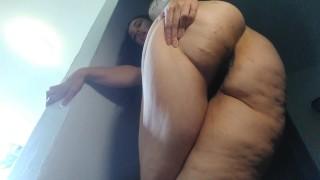 Filmy porno za darmo - Przypadkowe Pee Pierdzenie Gigantyczny Gruby Cellulit Duży Łup Tyłek Uda