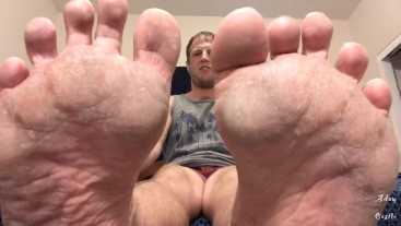 You Exist To Clean My Dry Foot Soles POV