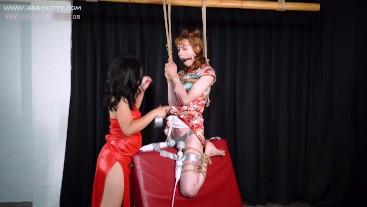 AB026 Mistress training slave with wooden device bondage in vibration anal plug cumshot,BDSM木马肛塞强制高潮