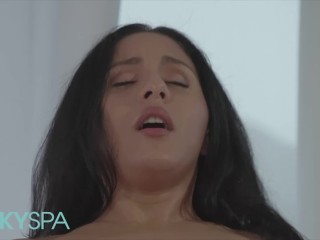 KinkySpa – Sexy Latina Masseuse Liv Revamped Rides A Big Cock