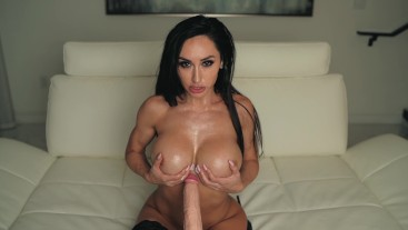 Size Queen Drenched In Big Dick Cum 4K