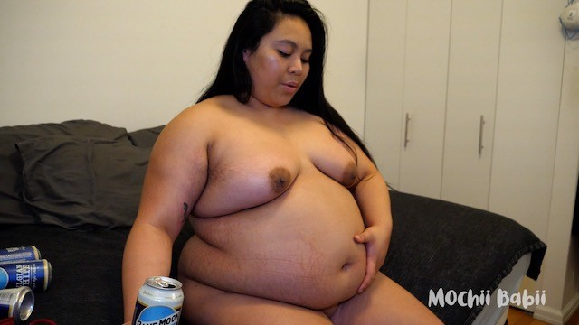 Taryn power nude Boozy belly babii - nude chugging