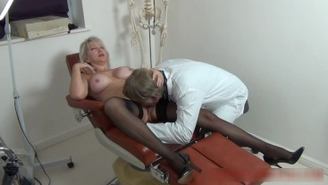Christie persuades her doctor to fuck her