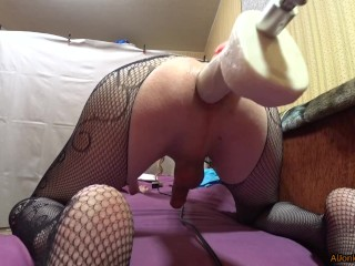Big bouncy ass needs fucking 2
