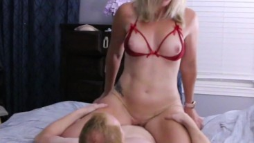 Big tits Fit MILF seduces her step-son and cums on his dick - Amateur