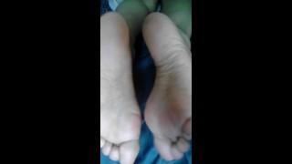 色情你 - 可爱的脚底,三合一