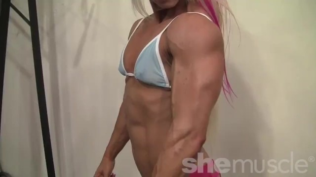 Nonnude mature tube Muscular ripped blonde poses and flexes in the gym - nonnude