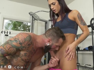 GenderX – Hot TS Fitness Instructor Fucked In The Gym